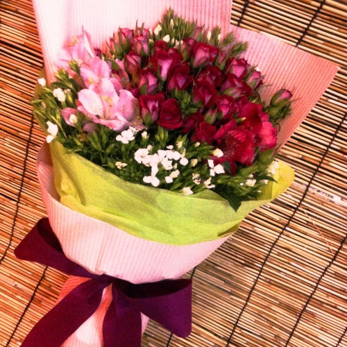 Baby Roses Bouquet $550
